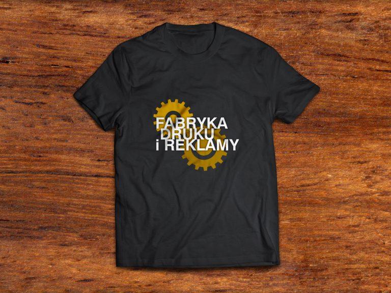 Fabryka Druku iReklamy – wizualizacja T-shirtu reklamowego